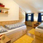 Unterkunft bei Völs am Schlern: Familienurlaub in der Wohnung Flieder
